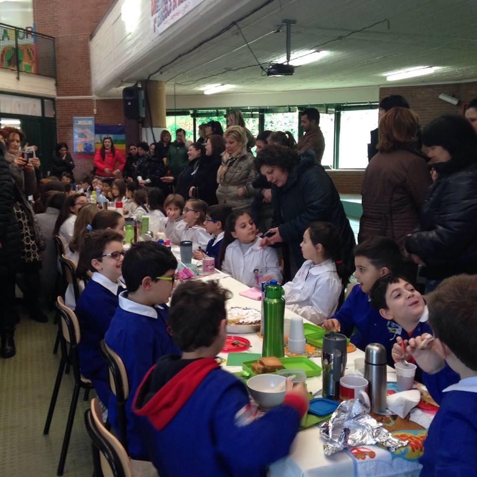 colazione a scuola febbraio 2015.jpg 5 .jpg